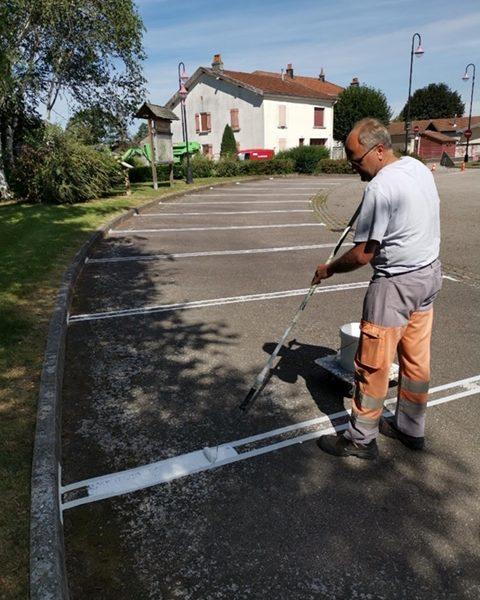 Remise en peinture des marquages au sol