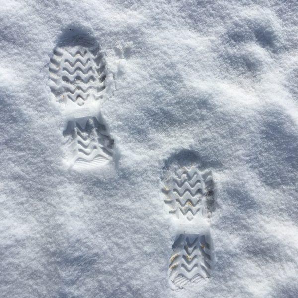 N'oubliez pas de dégager la neige tombée sur le trottoir devant votre habitation !