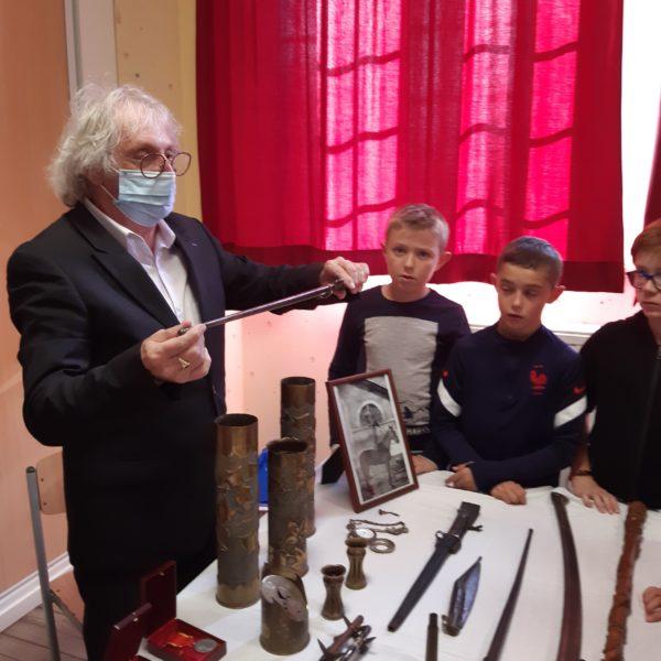 Monsieur PROVIN rencontre les enfants