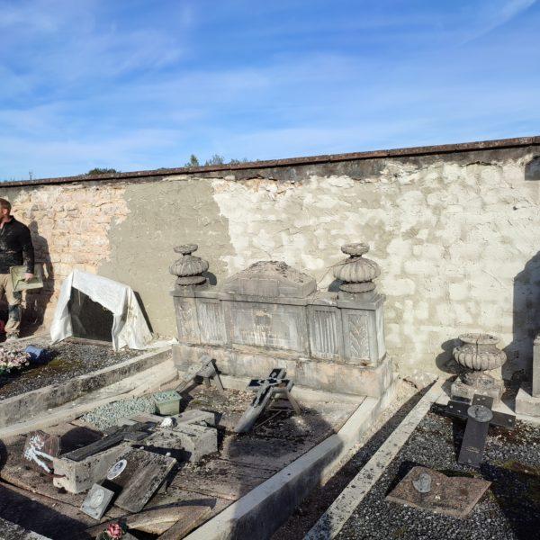 Des travaux sur le mur du cimetière